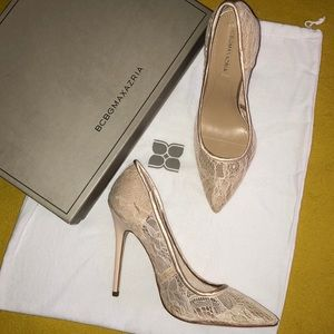 BcbgMaxazria lace pumps 7.5 medium